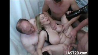 gratis porno gangbang Foto del piГ№ grande Dick del mondo