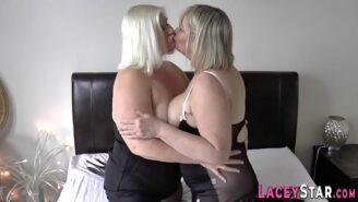 Older sexy women photos