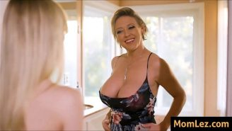Große Titten Porno